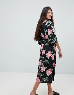 photo Floral Print Wrap Midi Dress with Flared Sleeve by Influence, color Black Floral - Image 2