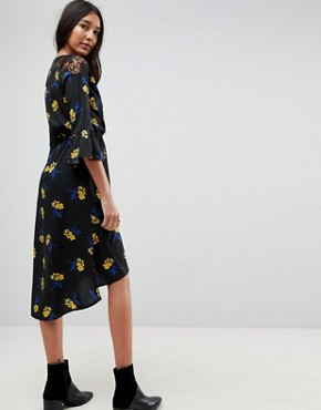 photo Lace Insert Floral Wrap Midi Dress with Frill Sleeves by Influence Tall, color Black Floral - Image 2