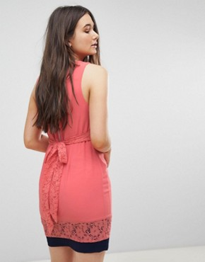 photo Skater Dress with Lace Inserts by QED London, color Coral With Navy - Image 2