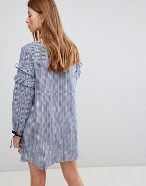 photo Gingham Shift Dress by QED London, color Navy - Image 2