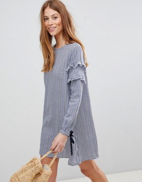 photo Gingham Shift Dress by QED London, color Navy - Image 1