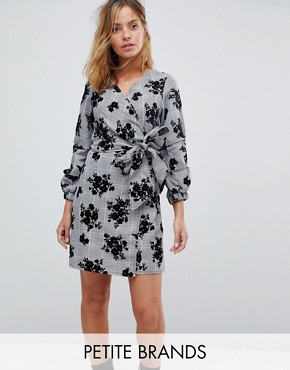 photo Check Wrap Dress with Floral Print by Parisian Petite, color Grey - Image 1