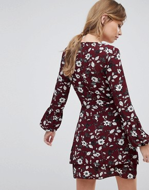 photo Floral Wrap Dress with Tie Waist by Parisian, color Red - Image 2
