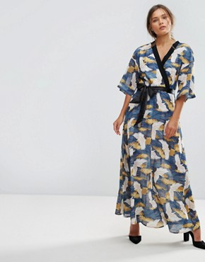 photo Bird Print Wrap Maxi Dress by Liquorish, color Multi - Image 1