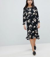 photo Floral Print Sweater Dress by Soaked in Luxury, color Multi - Image 4