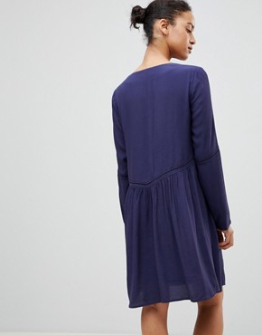 photo Smock Dress by See U Soon, color Navy - Image 2