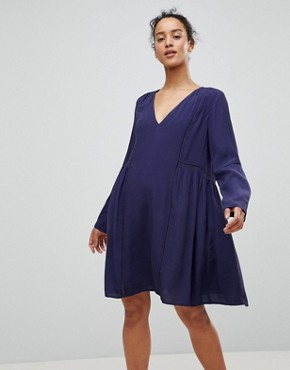 photo Smock Dress by See U Soon, color Navy - Image 1