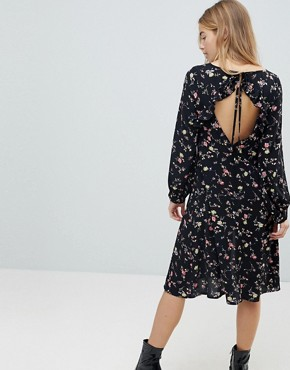 photo Midi Dress with Front Splits by Girls on Film, color Black Base Floral - Image 2