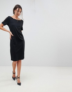 photo Scallop Shift Dress by Y.A.S Tall, color Black - Image 4