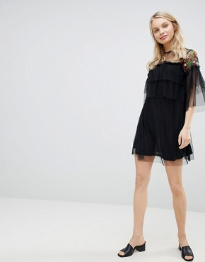 photo Embroidered Mesh Detail Shift Dress by Influence, color Black Floral - Image 4
