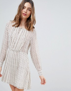 photo Jane Printed Smock Dress by Deby Debo, color Off White - Image 1