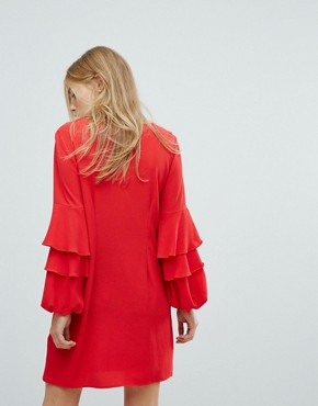 photo Tiered Ruffle Sleeve Dress by New Look, color Red - Image 2