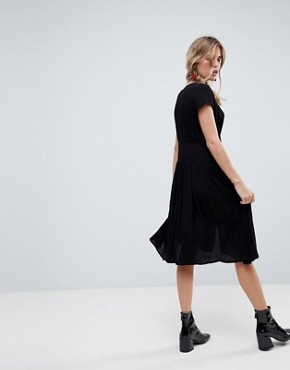 photo Casual Midi Tea Dress by ASOS, color Black - Image 2