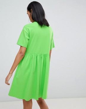photo Giant Daisy Smock Dress by Lazy Oaf, color Lime Green - Image 2