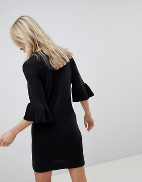 photo Orchid Jumper Dress with Frill Sleeves by Brave Soul, color Black - Image 2