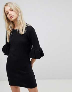 photo Orchid Jumper Dress with Frill Sleeves by Brave Soul, color Black - Image 1