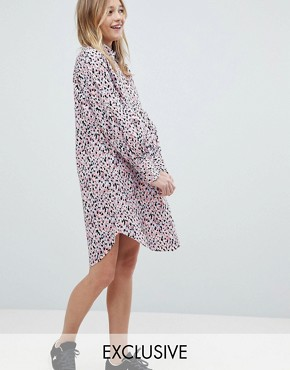 photo Smudge Print Shirt Dress by Monki, color Pink - Image 1