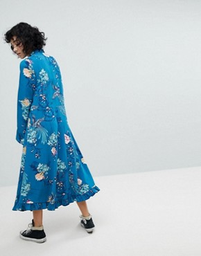 photo Midiaxi Dress with Flare Sleeve by Reclaimed Vintage Inspired, color Blue - Image 2