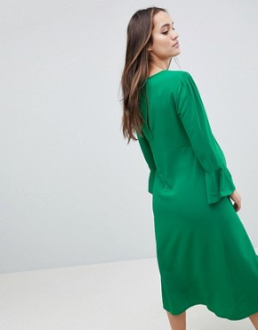 photo Fluted Sleeve Midi Dress with Split by ASOS Maternity, color Green - Image 2