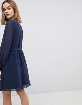 photo Blouson Sleeve Belted Chiffon Shirt Dress by Warehouse, color Navy - Image 2