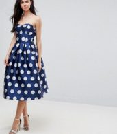 photo Structured Bandeau Midi Dress in Polkadot by Chi Chi London Tall, color Navy Polka - Image 4