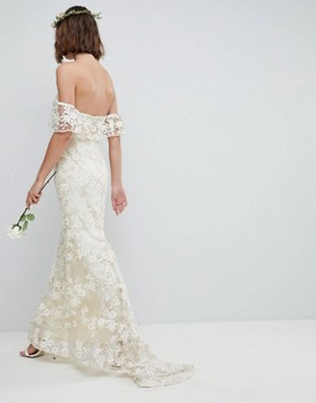 photo Bandeau Wedding Maxi Dress in Floral Lace by ASOS EDITION, color Ivory - Image 2