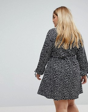 photo Wrap Dress in Dash Print by Pink Clove, color Black - Image 2