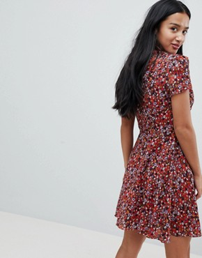 photo Tea Dress in Ditsy Floral by Glamorous Petite, color Red Base Ditsy - Image 2