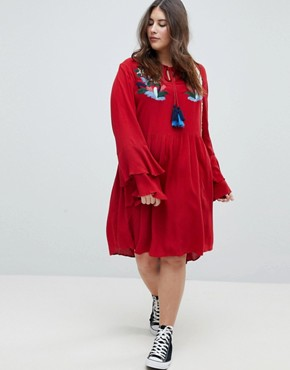photo Smock Dress with Tiered Sleeve and Embroidery by Glamorous Curve, color Burnt Red - Image 4