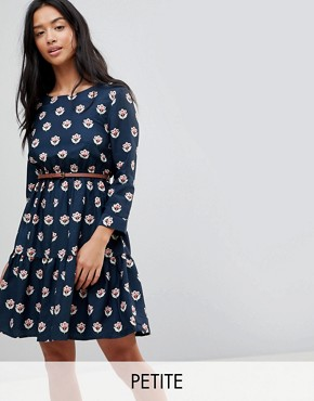 photo Long Sleeve Belted Dress in Tulip Heart Print by Yumi Petite, color Navy - Image 1