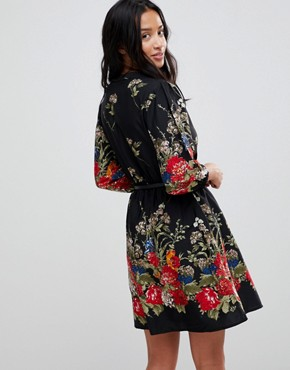 photo 3/4 Sleeve Belted Dress in Floral Border Print by Yumi Petite, color Black - Image 2