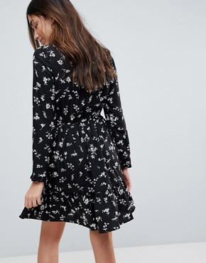 photo Long Sleeve Tea Dress by Yumi, color Black - Image 2