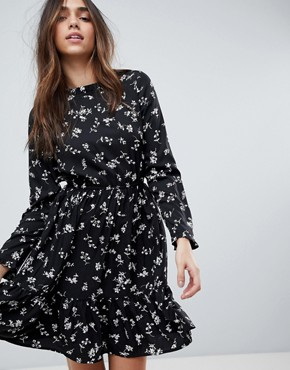 photo Long Sleeve Tea Dress by Yumi, color Black - Image 1
