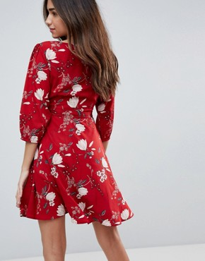 photo Wrap Dress in Floral Print by Yumi, color Red - Image 2
