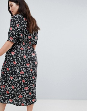 photo Shirred Sleeve Floral Midi Dress by Influence Plus, color Black - Image 2