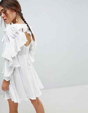 photo Jacquard Mini Dress with Ruffle Sleeves and Cut Out Back by ASOS DESIGN, color White - Image 2