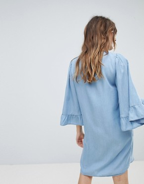 photo Denim Shift Dress Wth Ruffle Sleeve by Only, color Blue - Image 2
