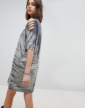 photo Oversized T-Shirt Dress in Tie Dye by Religion, color Blue - Image 2