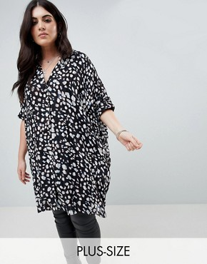 photo Oversized Tunic Dress in Animal Print by Religion Plus, color Black - Image 1