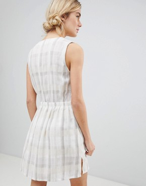 photo Tie Waist Dress in Tonal Check by See U Soon, color Light Grey - Image 2