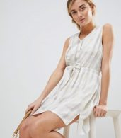 photo Tie Waist Dress in Tonal Check by See U Soon, color Light Grey - Image 4