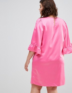 photo Frill Sleeve Shift Dress by Junarose, color Pink - Image 2