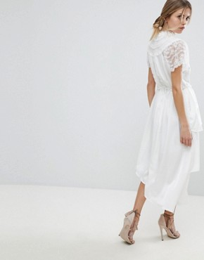 photo High Neck Lace Midi Dress with Asymetric Hem by Y.A.S, color White - Image 2