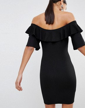 photo Bodycon Off Shoulder Dress with Ruffles in Crinkle by Fashion Union, color Black Crinkle - Image 2