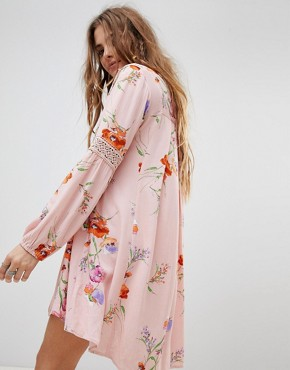 photo Swing Dress in Vintage Floral with Lace Panels by En Creme, color Multi - Image 2
