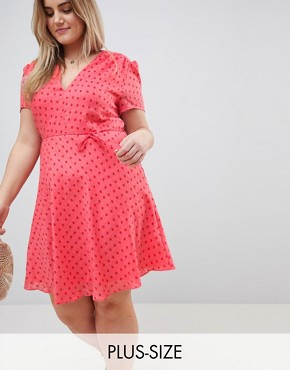 photo Mini Tea Dress with Tie Waist in Ditsy Rose by Glamorous Curve, color Coral Rose Bud - Image 1