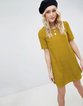 photo Shift Dress in Ditsy Floral by Glamorous Tall, color Mustard Navy Ditsy - Image 3