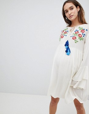 photo Smock Dress with Tiered Sleeve and Embroidery by Glamorous Bloom, color Cream - Image 1