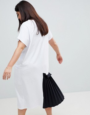 photo Midi T-Shirt Dress with Contrast Woven Pleated Detail by ASOS CURVE, color White/Black - Image 2
