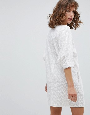 photo Shift Dress in Broderie Anglaise by Vanessa Bruno Athe, color White - Image 2